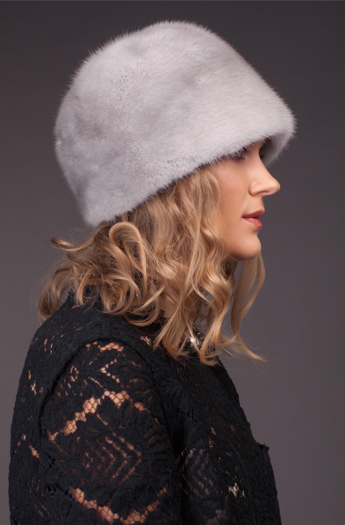 Норковая шапка, цвет - сапфир
