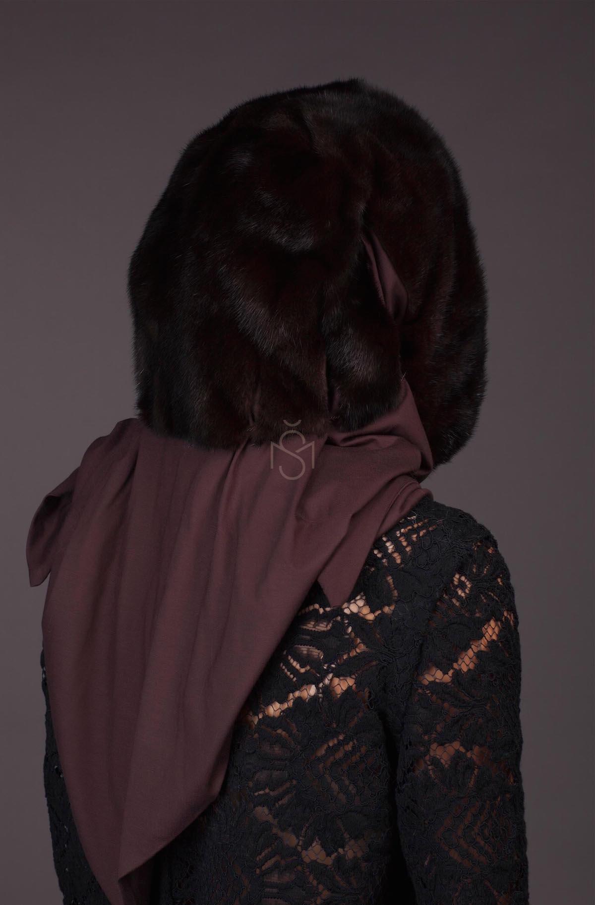 Норковый капюшон - платок