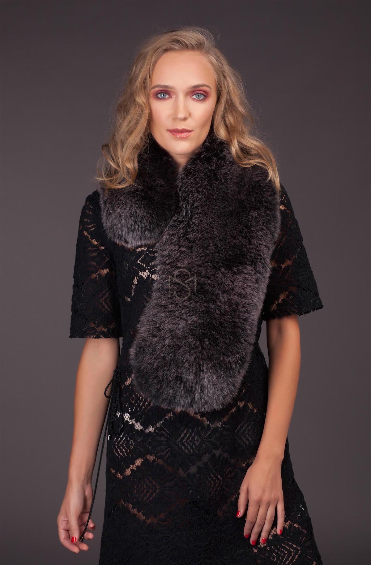 Fox fur scarf