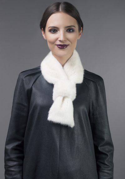 Mink fur scarf