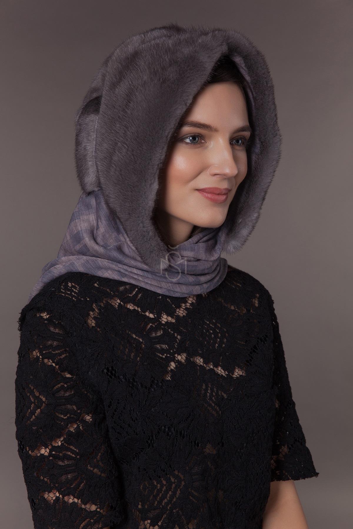 Норковый капюшон-платок