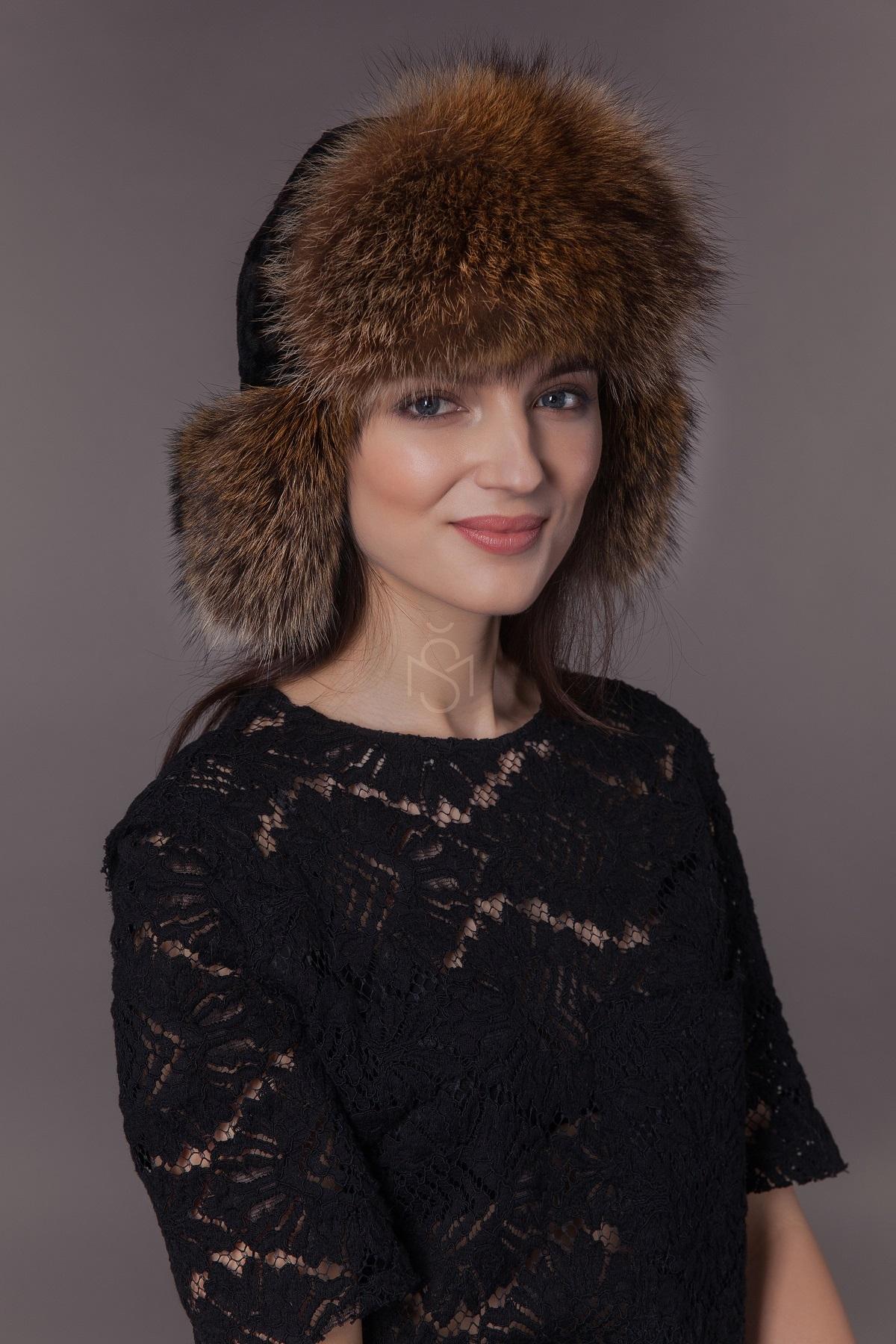 Avikailio ausine kepure
