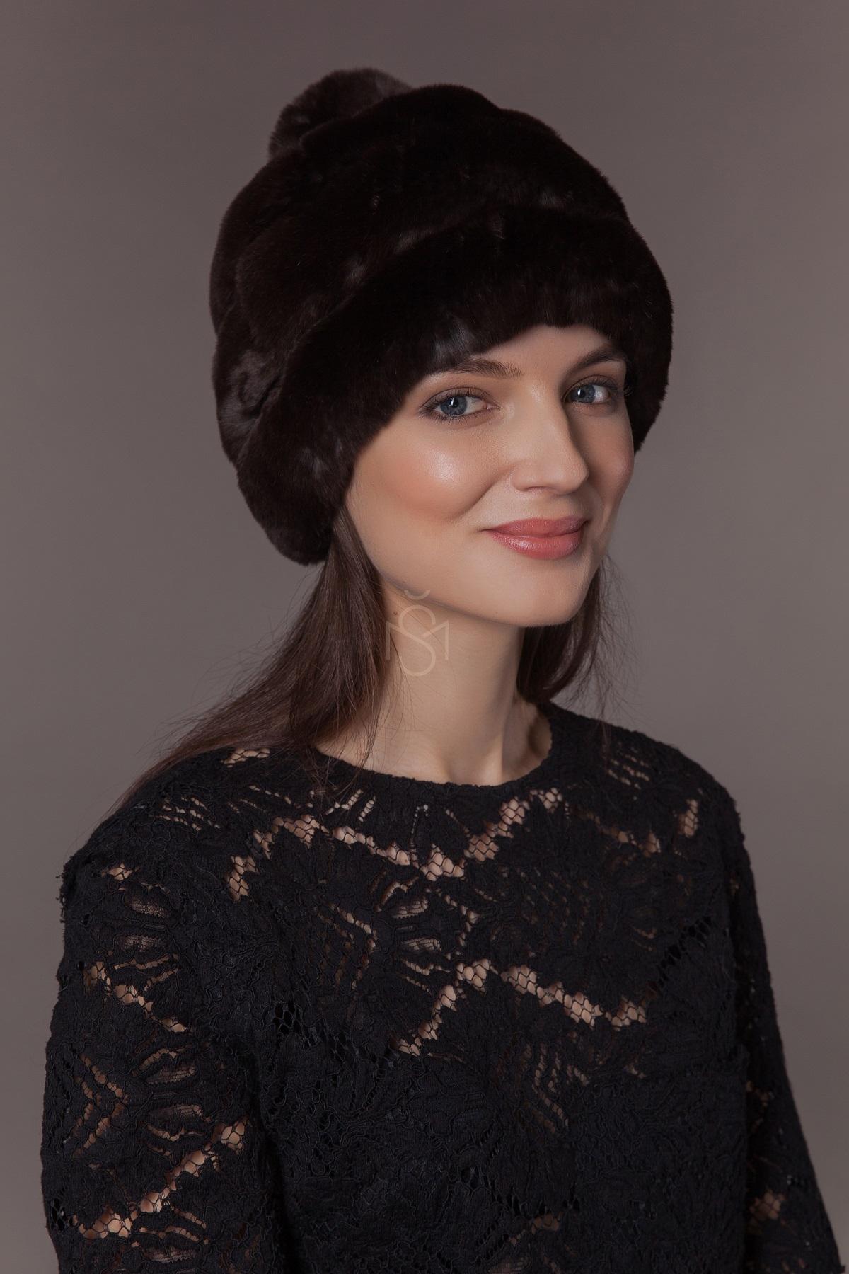 Rekso triusio kailio kepure su bumbulu (3)