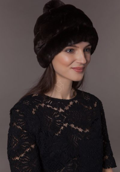 Rex rabbit fur hat with pom-pom