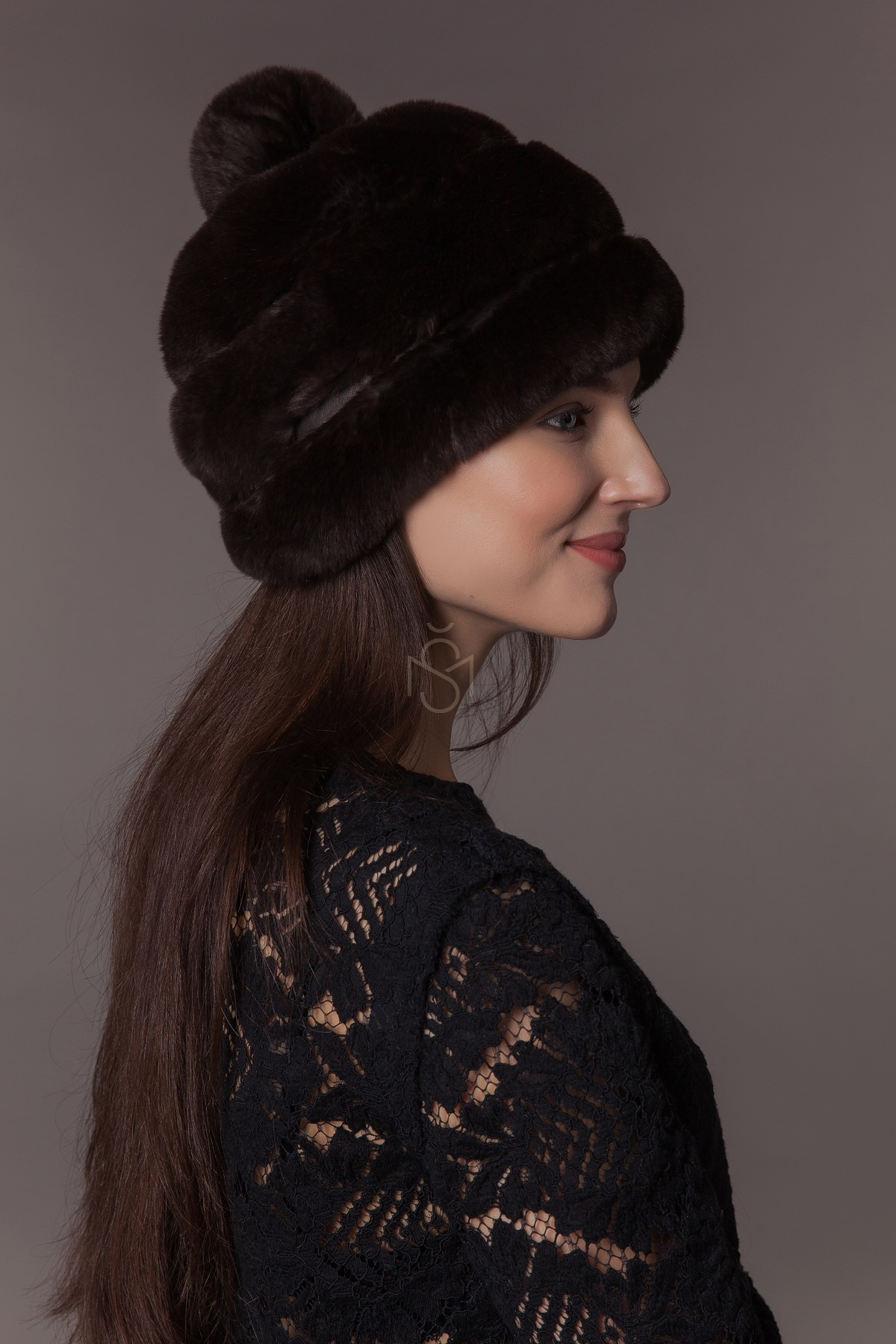 Rex rabbit fur hat with pom-pom - Šilta Mada  5706f90d2c3