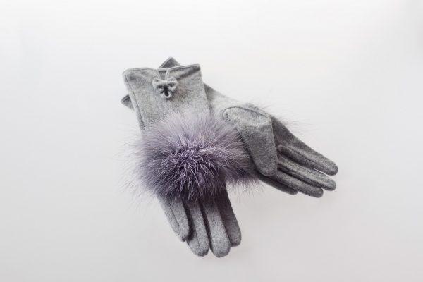Woolen gloves with silver fox fur decoration made by SILTA MADA fur studio in Vilnius