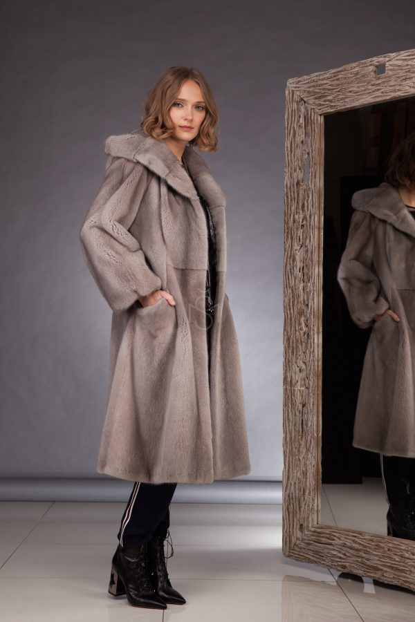 Sapphire mink fur coat made by SILTA MADA fur studio in Vilnius