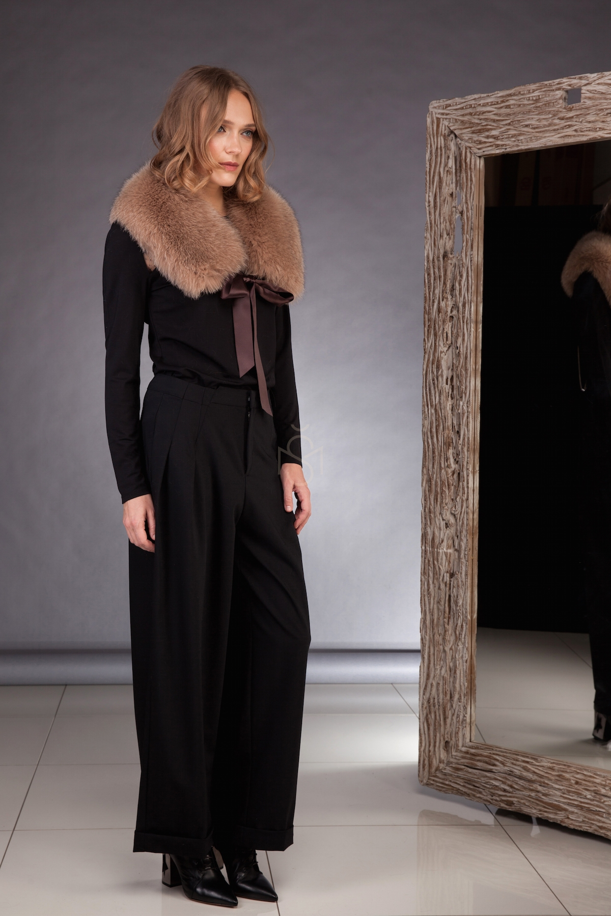Fox fur collar brown made by SILTA MADA fur studio in Vilnius