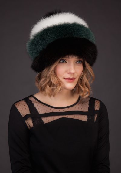 Contrast fox fur hat with pom-pom made by SILTA MADA fur studio in Vilnius