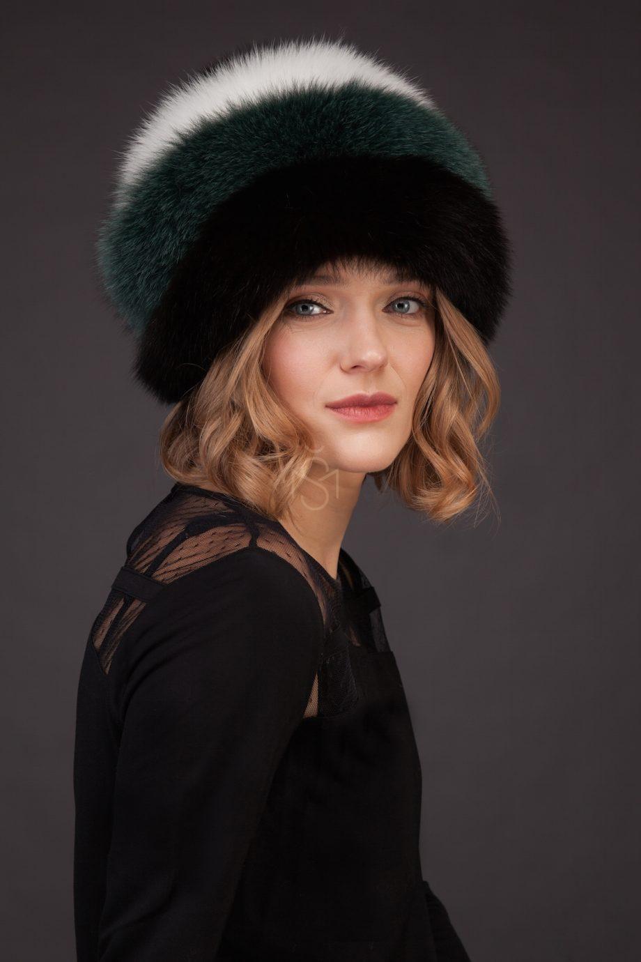 Contrast fox fur hat with pom-pom made by SILTA MADA fur studio in Vilnius