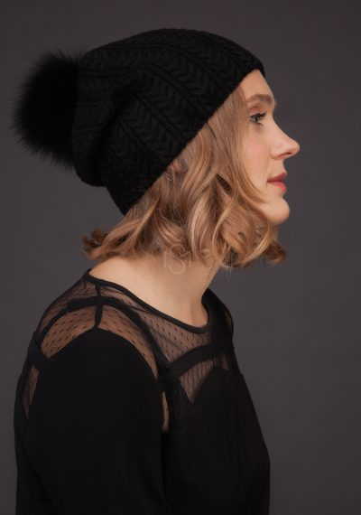 Cashmere hat with fox fur pom_pom_black_made by SILTA MADA fur studio in Vilnius