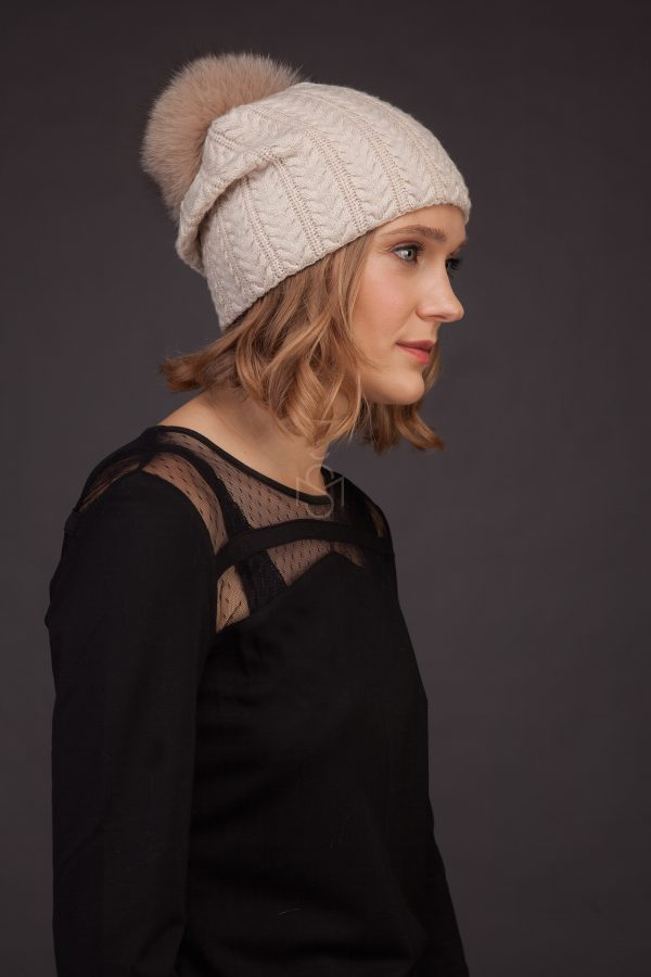 Cashmere hat with fox fur pom-pom_light made by SILTA MADA fur studio in Vilnius