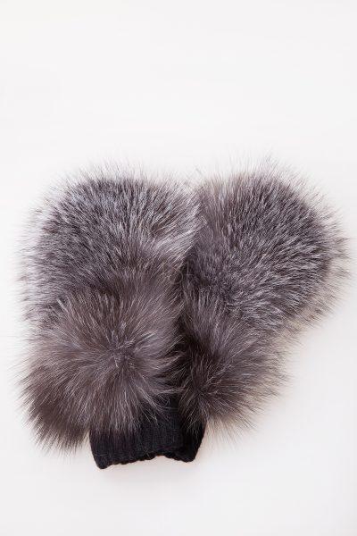 Mittens with silver fox fur made by Silta mada fur studio in Vilnius