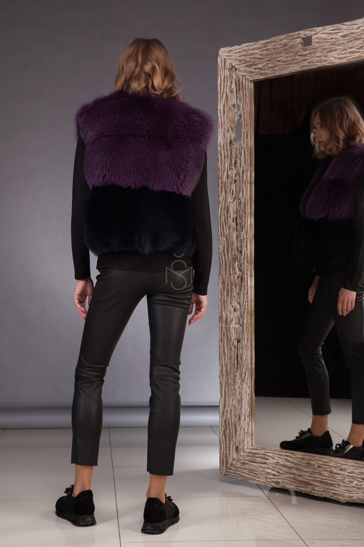 Contrast fox fur vest_purple made by SILTA MADA fur studio in Vilnius