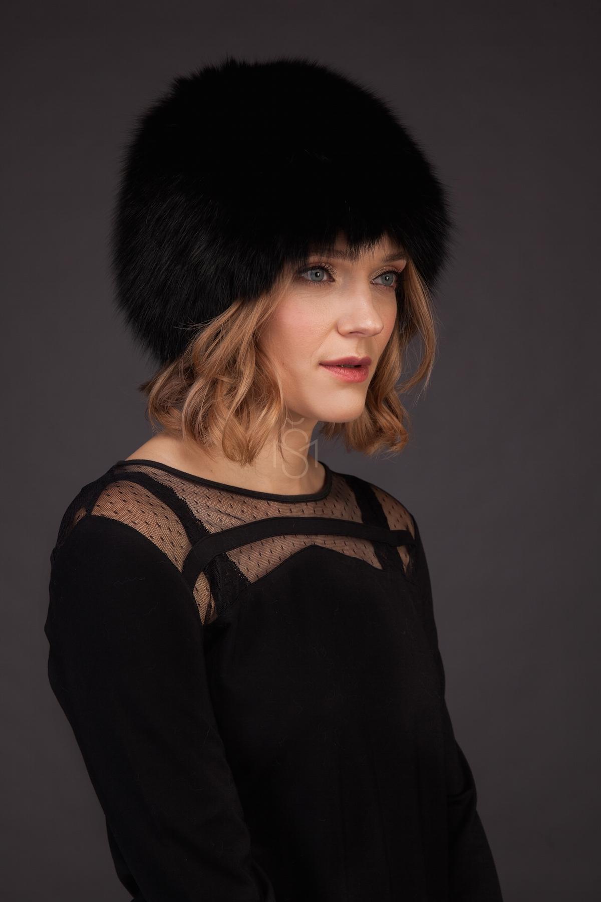 Knitted fox fur hat black made by SILTA MADA fur studio in Vilnius