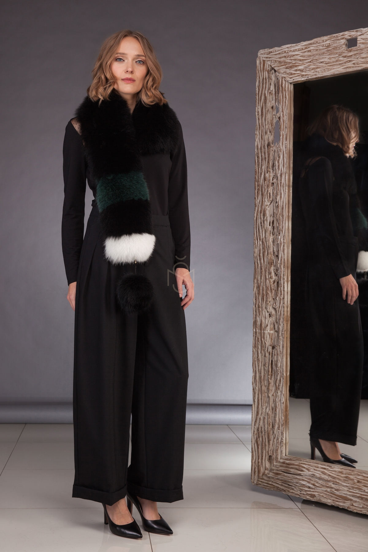 Contrast fox fur scarf with pinnable pom-pom made by SILTA MADA fur studio in Vilnius