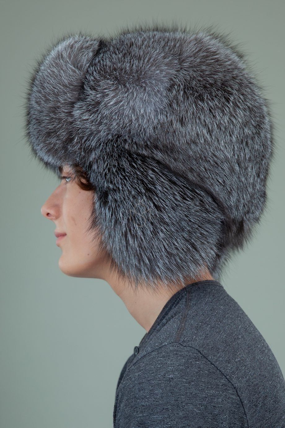 pilna juodsidabres lapes kailio kepure
