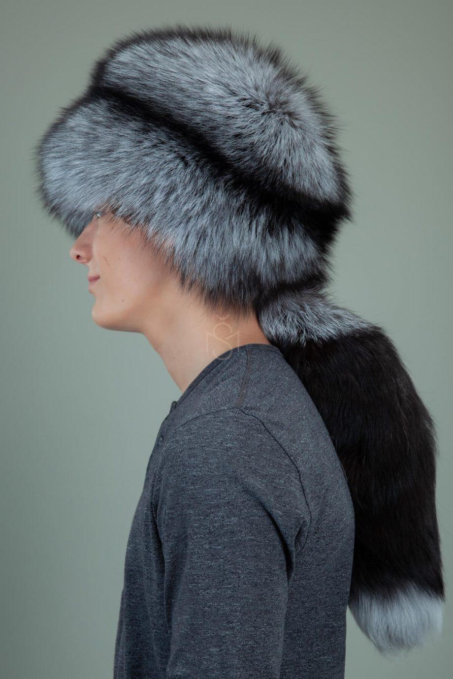 apvali juodsidabres kailio kepure su prisegama uodega vyrams