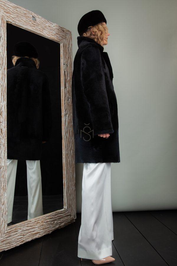 dvipusis avikailio paltas