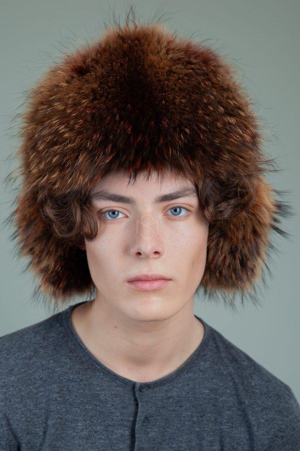 juodo avikailio ir rudintos lapes kepure