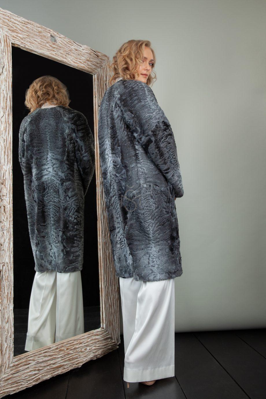 karakulio paltas